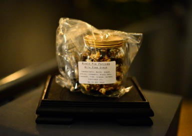 Mince Pie Popcorn - Photo Paul Singer