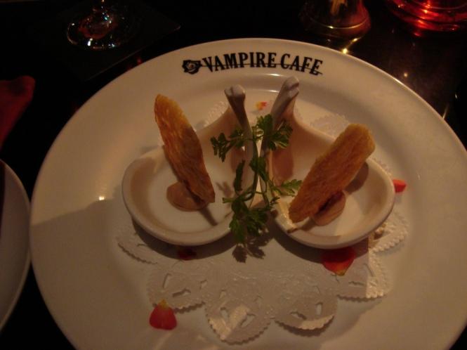 vampire-cafe-tokyo-japon